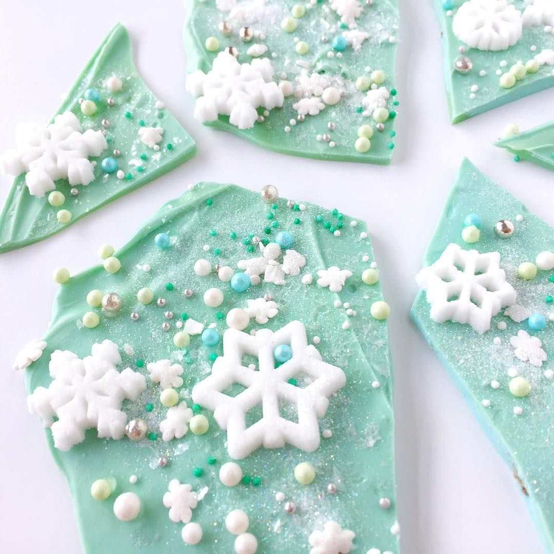 #Sparkly #snowflake #chocolate #bark