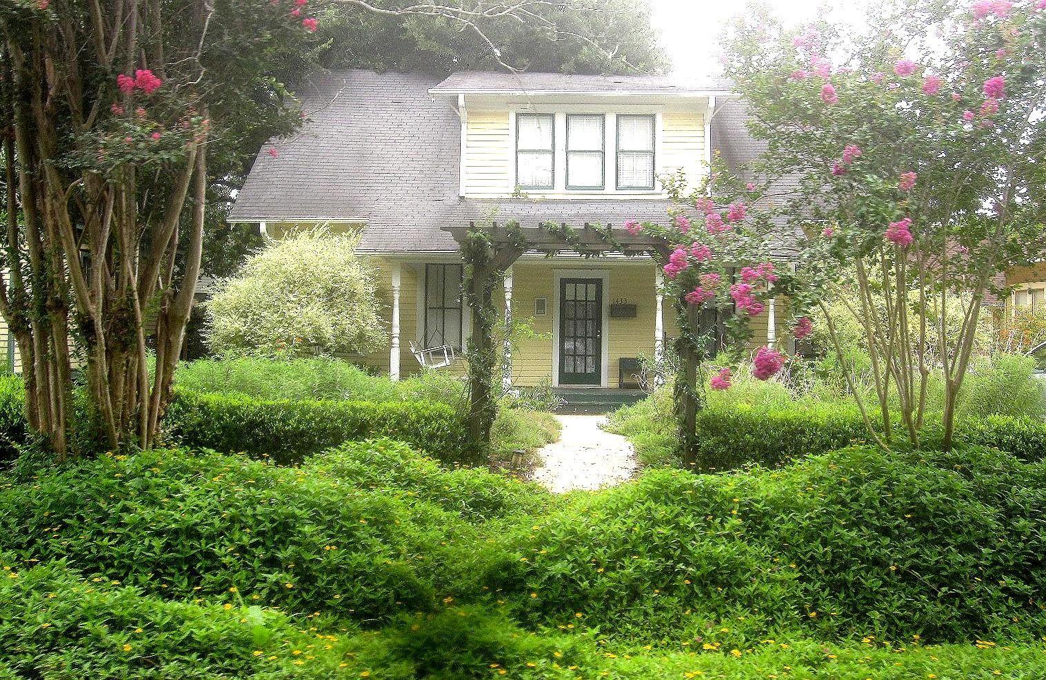 English Cottage Garden Pergola The English Garden Can