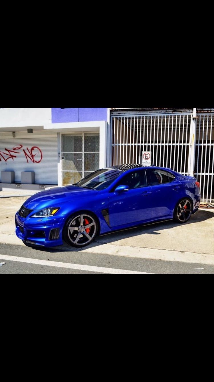 Lexus IsF blue ultrasonic with Vossen cv3r, carbon fender duct