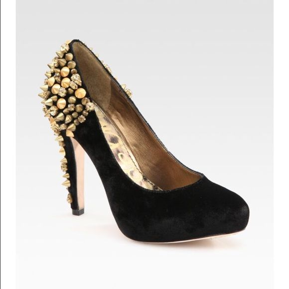 2e8578bee78 Roza Pumps by Sam Edelman Roza Pumps by Sam Edelman in black velvet. The  detailing on these heels includes glam rhinestones