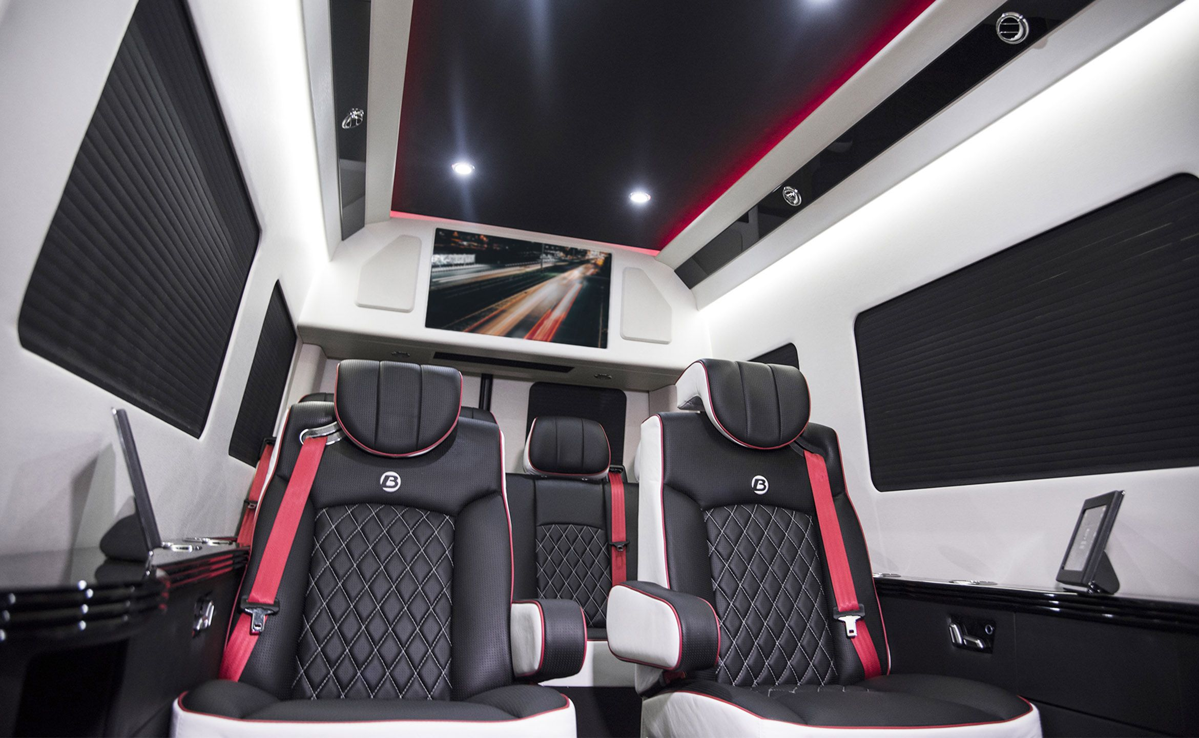 High Roof Executive Coach, Custom Interior Mercedes Benz Sprinter ...
