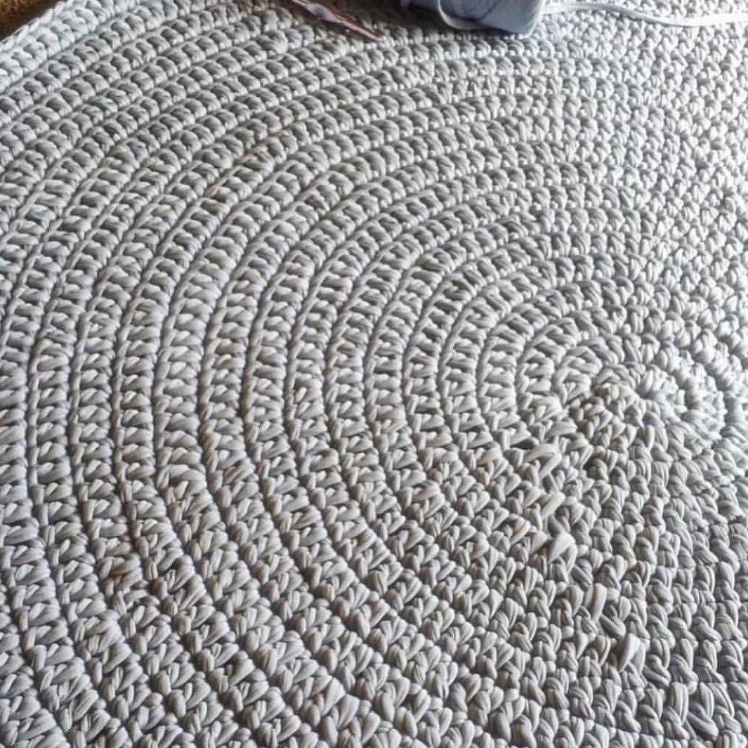 Grey Floor Rug Crochet Round