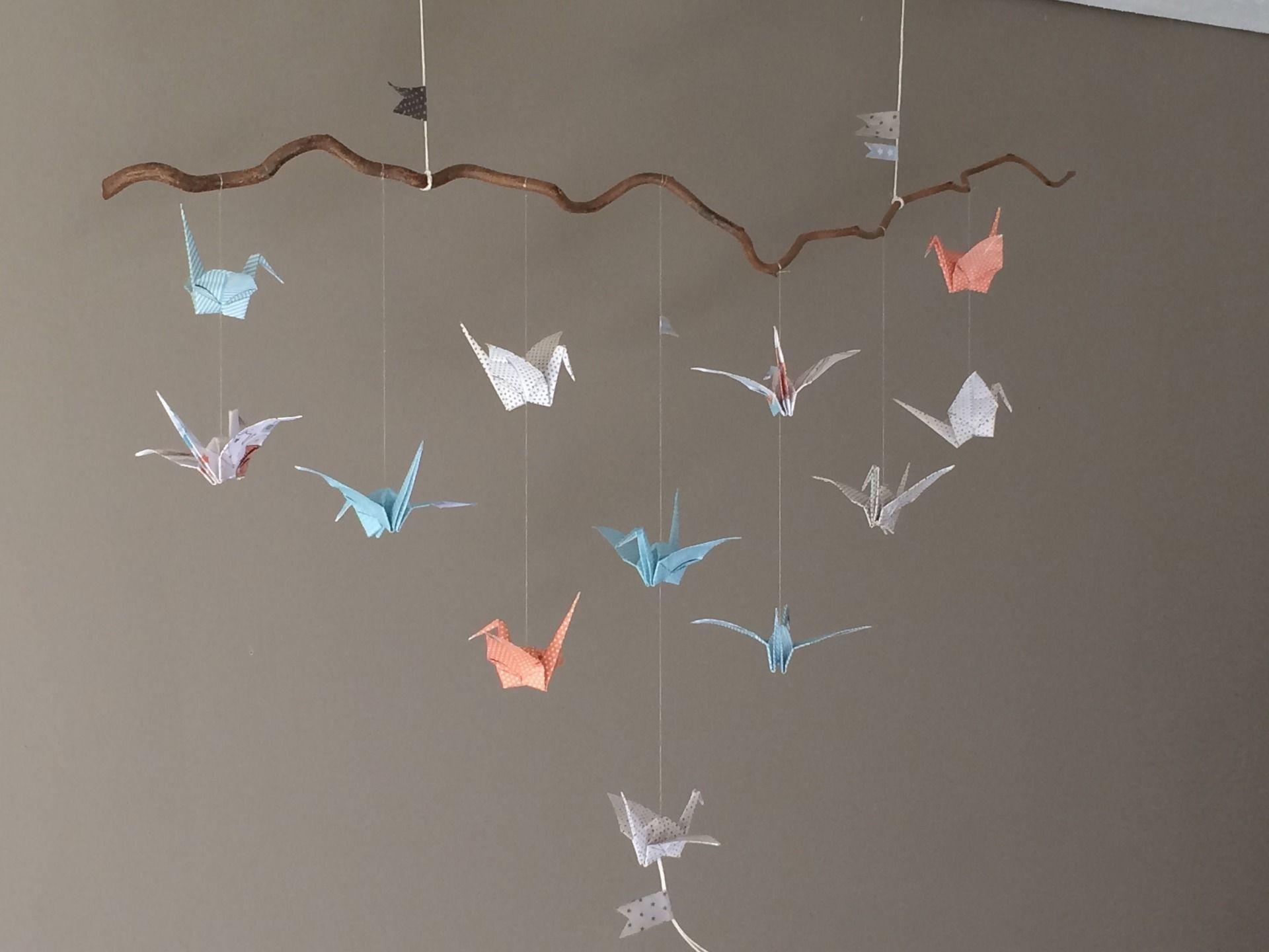 Mobile origami grues pour decoration chambre enfant d coration pour enfants par plume de fee - Mobile bebe lumineux plafond ...