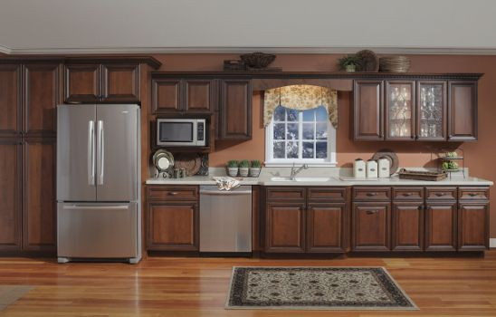 crown molding on kitchen cabinets the williamsburg sedona cabinetry is an upscale cabinet 8511