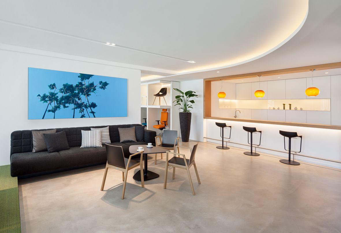 Küche, Loungebereich, Estrichboden, Sitzgelegenheit, Büroaccessoires ...