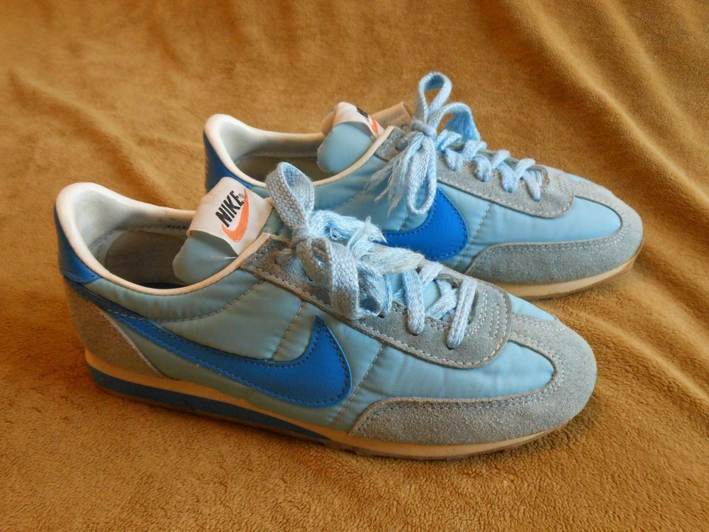 Vintage 1980 Womens Nike Running Shoes Size 7 EUC 800204JD Light Blue/Blue  LOOK