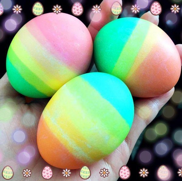 Rainbow Dipped Easter Eggs  Frger Dekorationsider och Pskgg