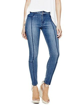 This is a stylish jeggings from Guess for 2016 spring. The color is conway wash, and it looks just skinny denim pants. It is maded with advanced smart guess stretch technology so it is called a yoga jeggings. This pair is washed to a medium blue shade and features a seamless design that is perfect for showing off that extra boost people get in the back. The two strong straight lines are the point of this pants and looks fashionable.