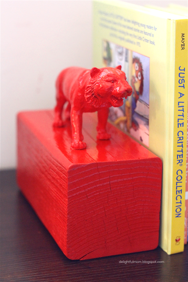 Delightful Mom: DIY Painted Animal Bookends