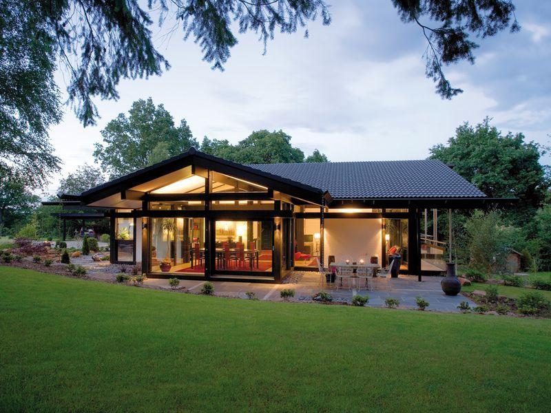 HUF Haus Bungalow | Huf Haus | Haus bungalow, Moderner bungalow und ...