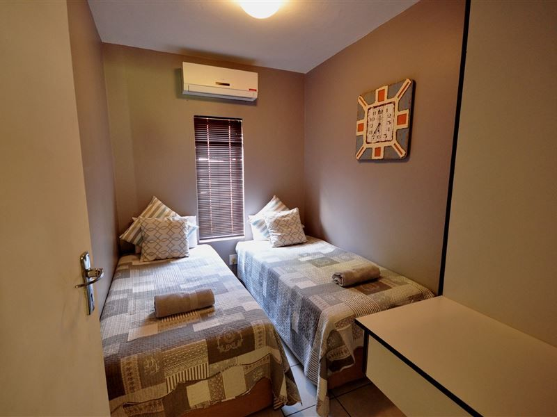 The Bridge Apartment 2 Offers One Two And Three Bedroom Apartments And Provides Cable Tv Daily Cleaning Service Laundry And Open Plan Kitchen Bedroom Apartment Bed Breakfast