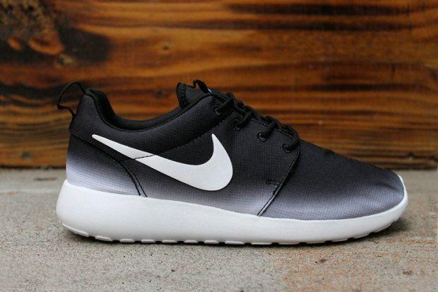 Nike Femmes Pack Roshe Gradient Dimpression Run - Magasin En Noir Et Blanc
