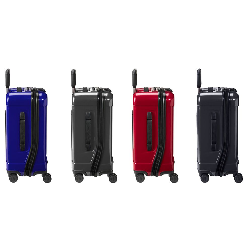 Experience polycarbonate perfected with the Briggs  amp  Riley® Torq  International Carry-On Spinner de7d155da84d2