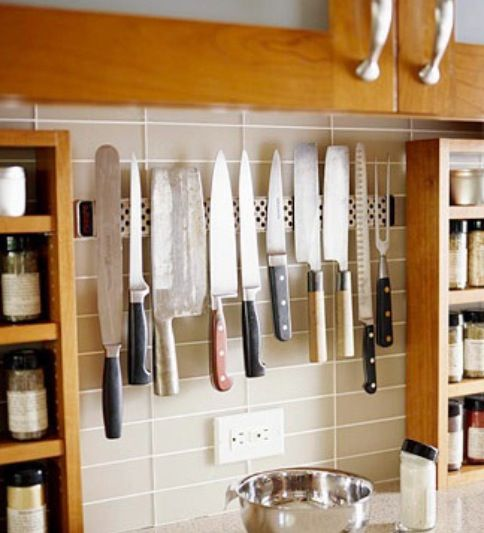 Magnetic knife block | Home Ideas | Kitchen storage, Utensil ...