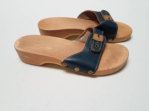 985070994c73 Navy Blue Dr Scholl Sandals size 6 Wood Clogs