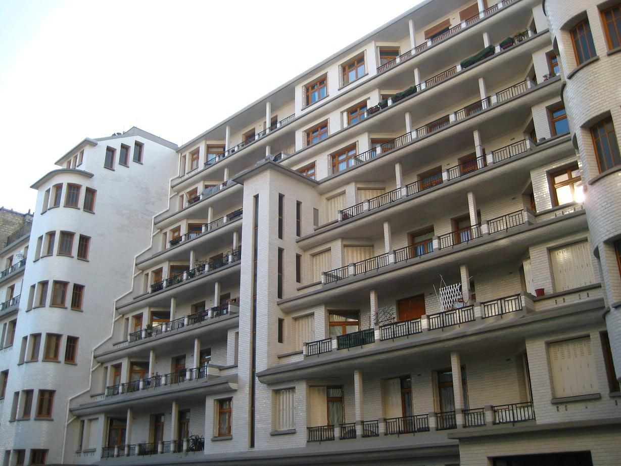 Fr Paris Rue Des Amiraux. Architect Henri Sauvage 1927
