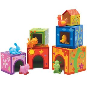 Topanimo - stacking/nesting cubes with animals.