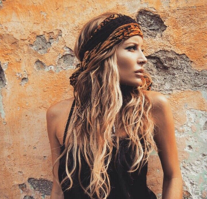 Love this hairstyle and the boho headband  hair in 2019