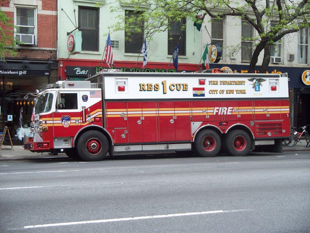 Fdny Rescue 1 5 2 11 Fire Trucks Fire Rescue Fdny