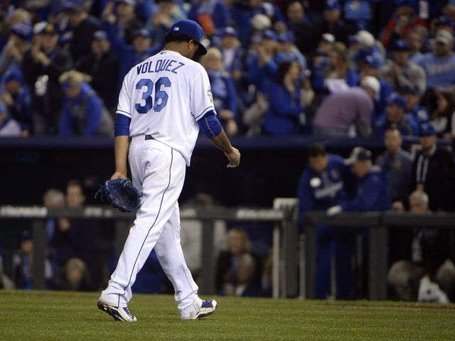 Royals' Edinson Volquez learns of father's death after start
