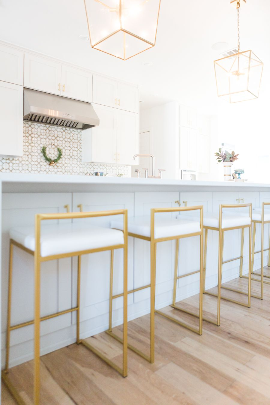 10 Affordable Gold Bar Stools For Home Design Cc And Mike Lifestyle And Design Blog In 2020 Gold Bar Stools Bar Chairs Kitchen Dinning Room Bar