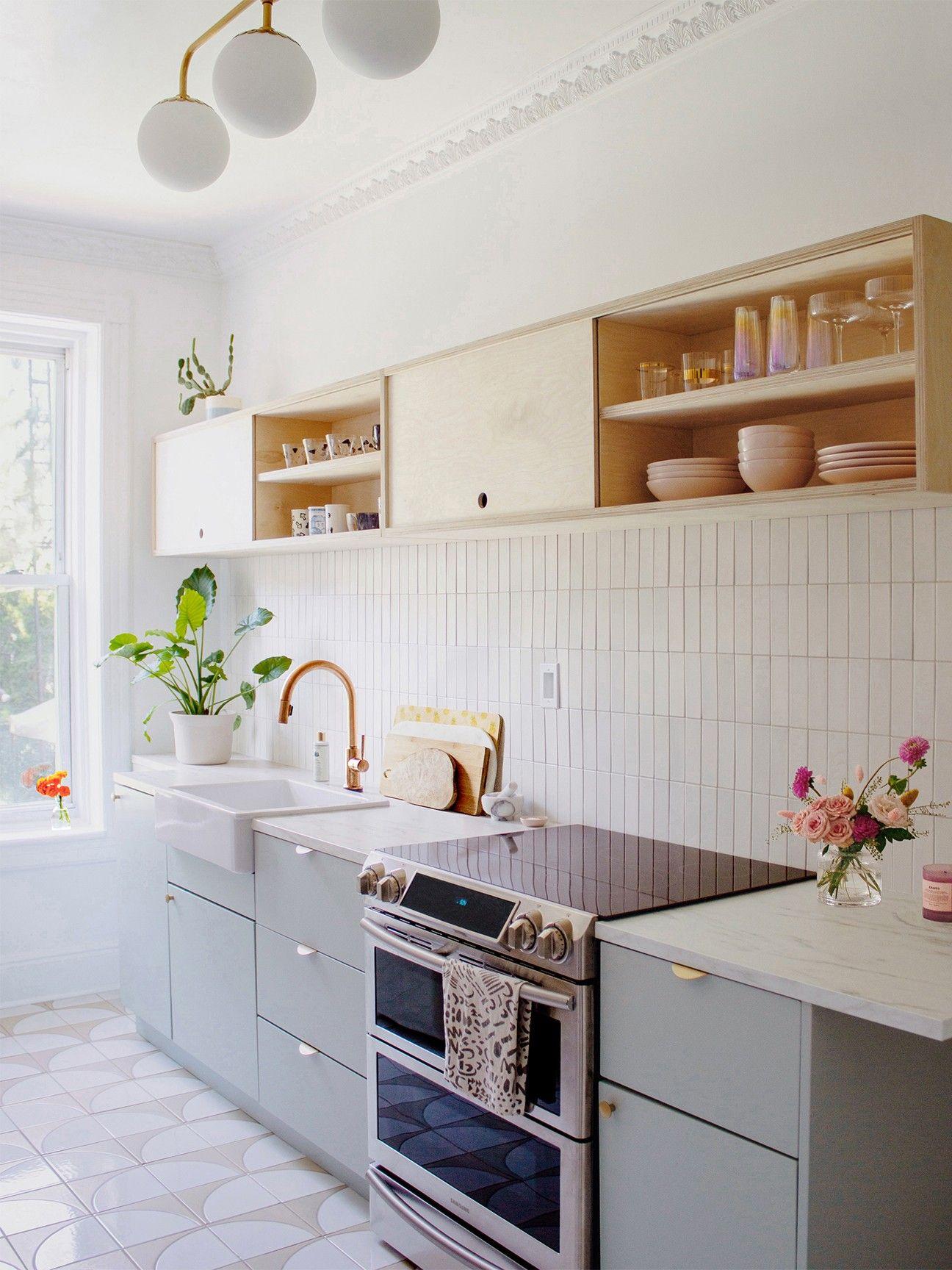 Inside Reserve Home S Rental Kitchen Makeover Rental Kitchen Makeover Small Kitchen Design Apartment Home Decor Kitchen