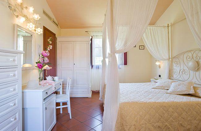 Cosy rooms in a farmhouse in San Gimignano