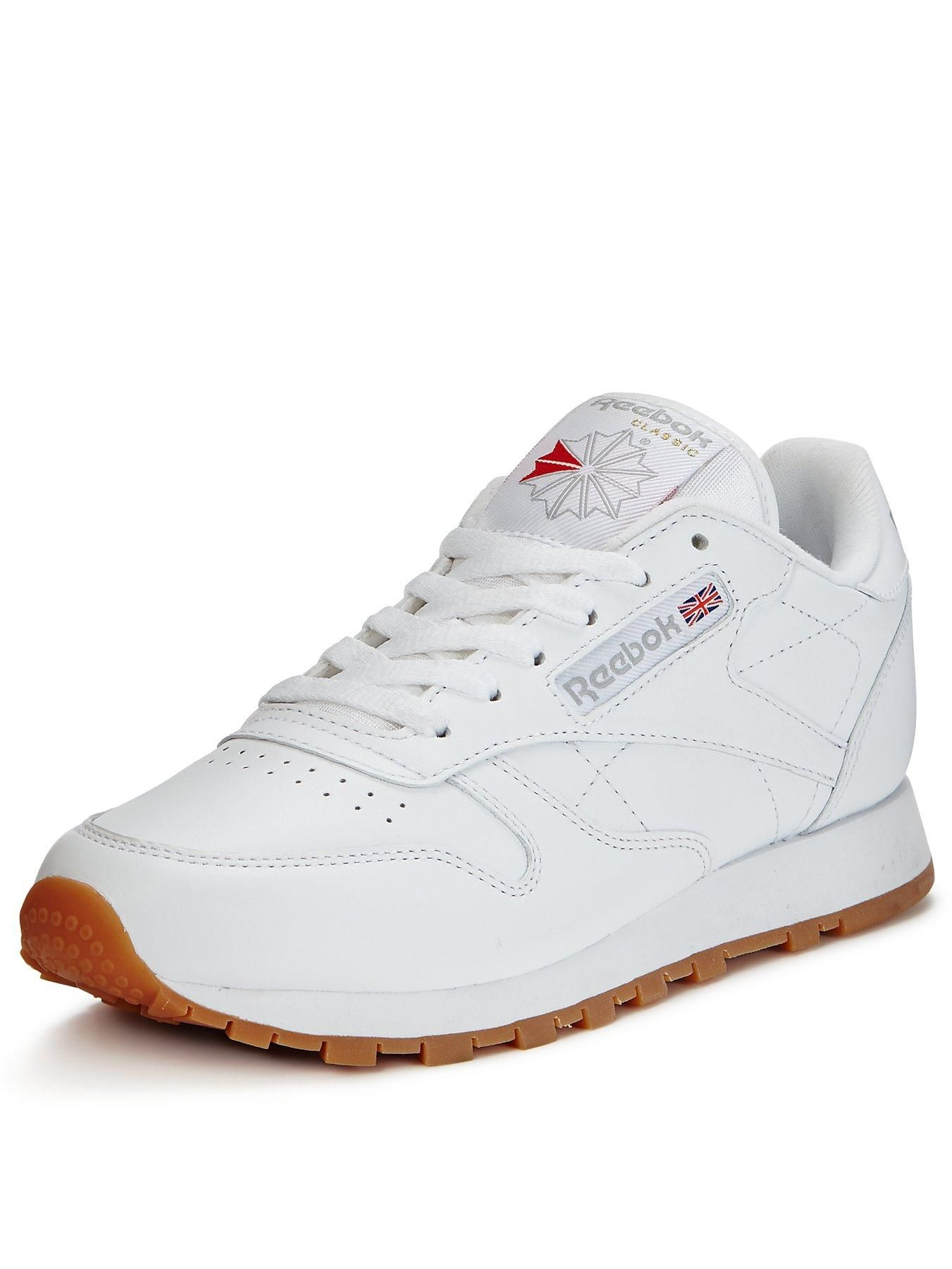 c4a7681d5cc Reebok Classic Leather Trainers – WhiteA vintage-inspired take on the  Reebok Classic