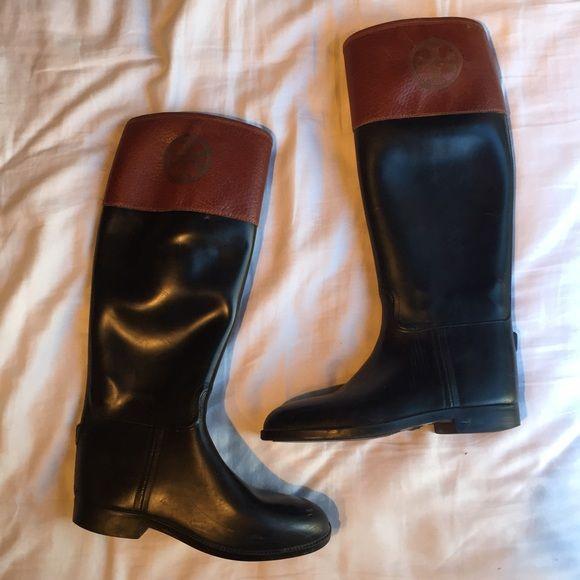 5a4b12fdac57 Tory Burch rubber riding rain boots   PLEASE DO NOT LOW BALL. IT WASTES