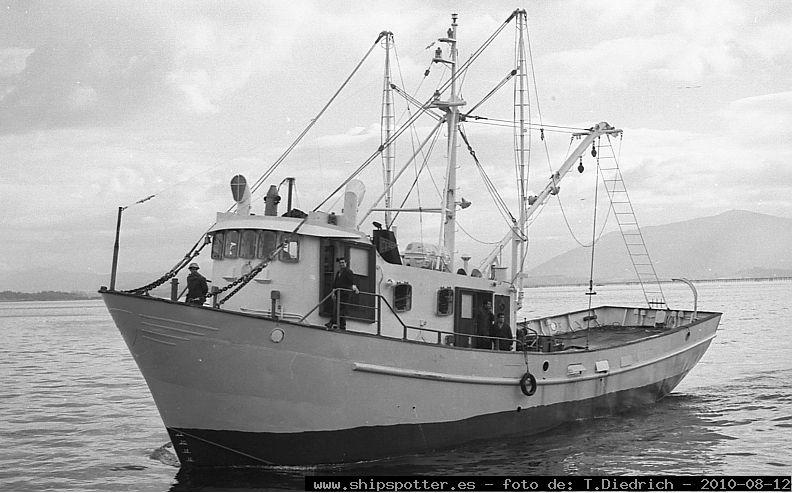Flota Cubana de Pesca. :: La Cuaderna Cubana | Armada buques Civiles ...