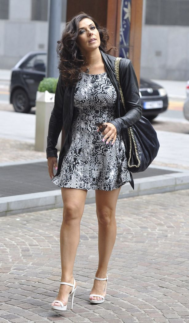 Pay Kym Marsh No Ring Jpg 615 1048 Marshcoronation Streetstreet