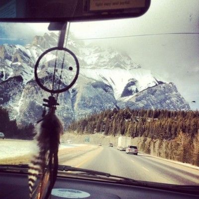 mountains, a van, a dreamcatcher. That's what I like