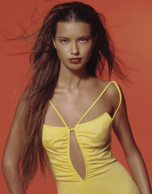 Adriana Lynn Nude Photos 60
