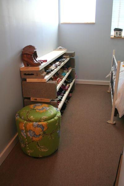 Typical Dorm Room: Old School DIY Dorm Furniture! #CinderBlocks