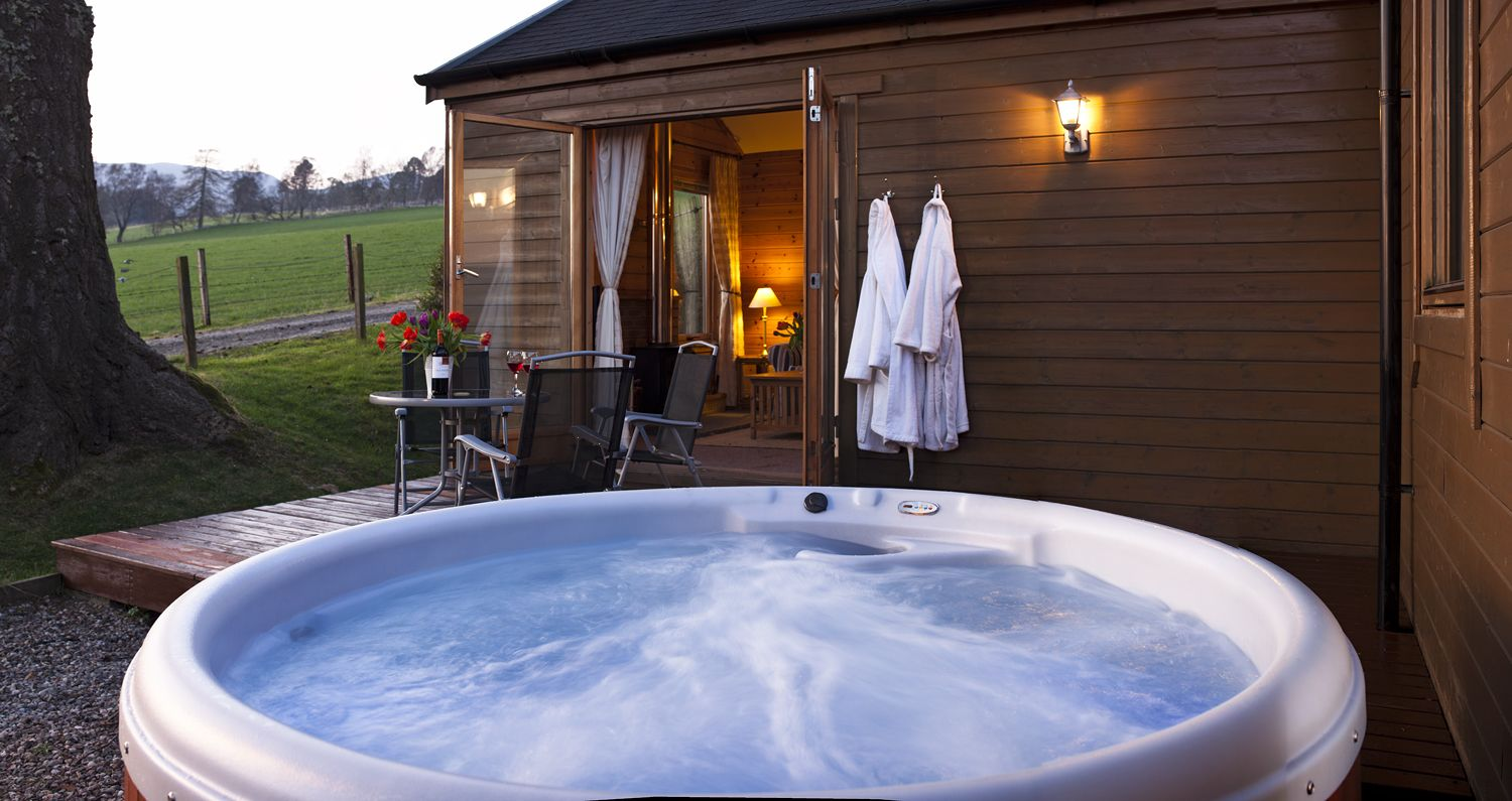 The Love Cabin Experience the most romantic log cabin in ...