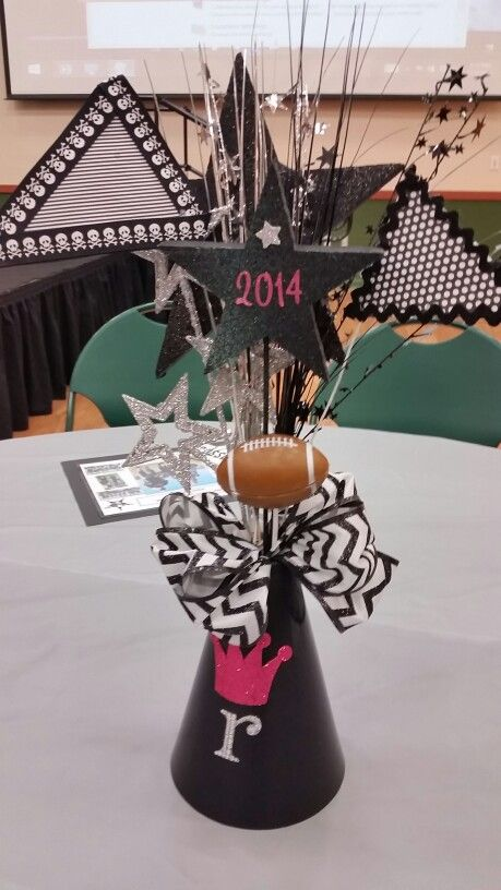 Megaphone Centerpieces | Jenn's hot mess | Cheer party ...