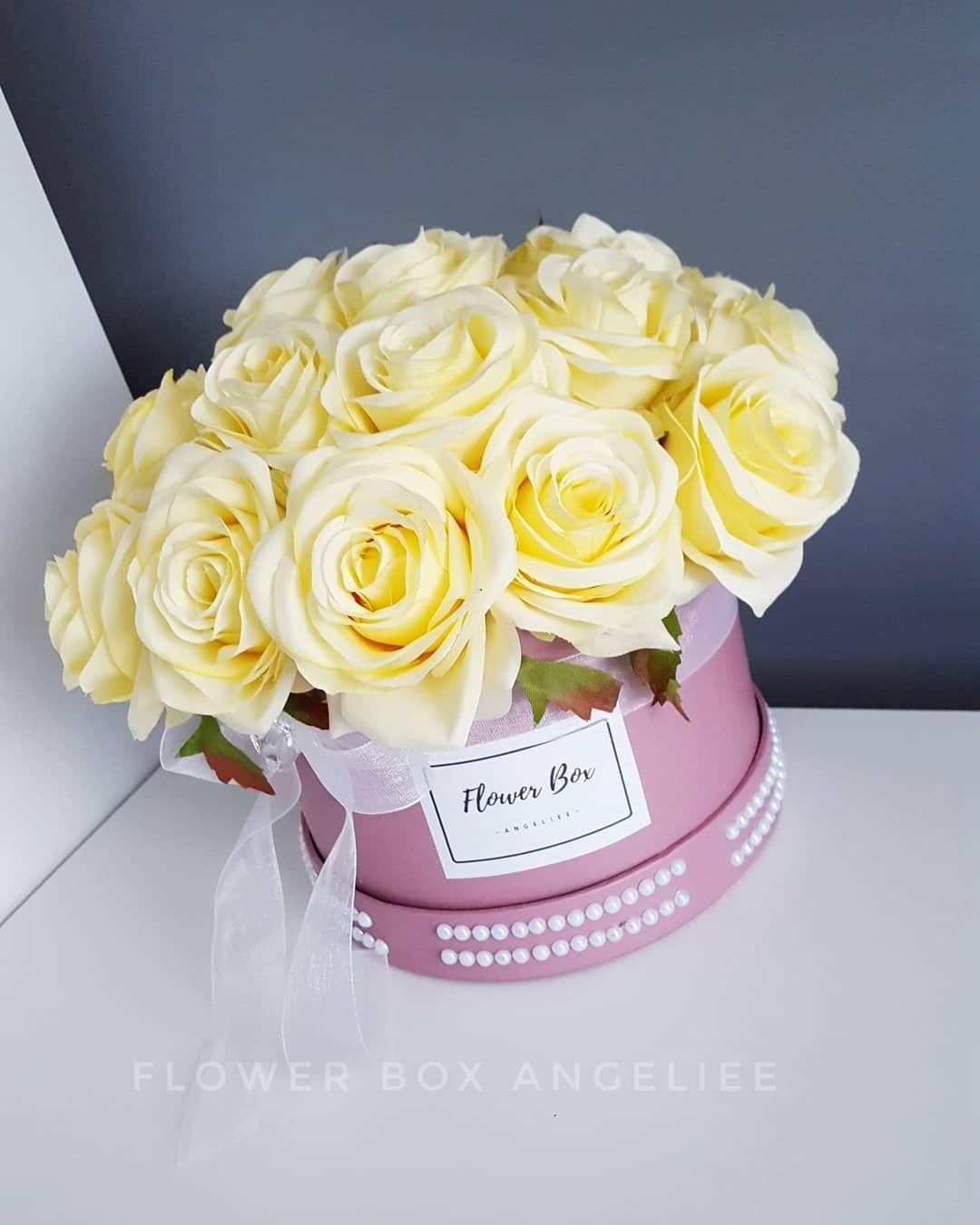 Flower Box Na Kazda Okazje Kwiaty Sztuczne Bardzo Dobrej Jakosci Kwiaty Nie Wymagajace Pielegnacji Ozdoba Twojego Domu Flower Boxes Birthday Cake Cake