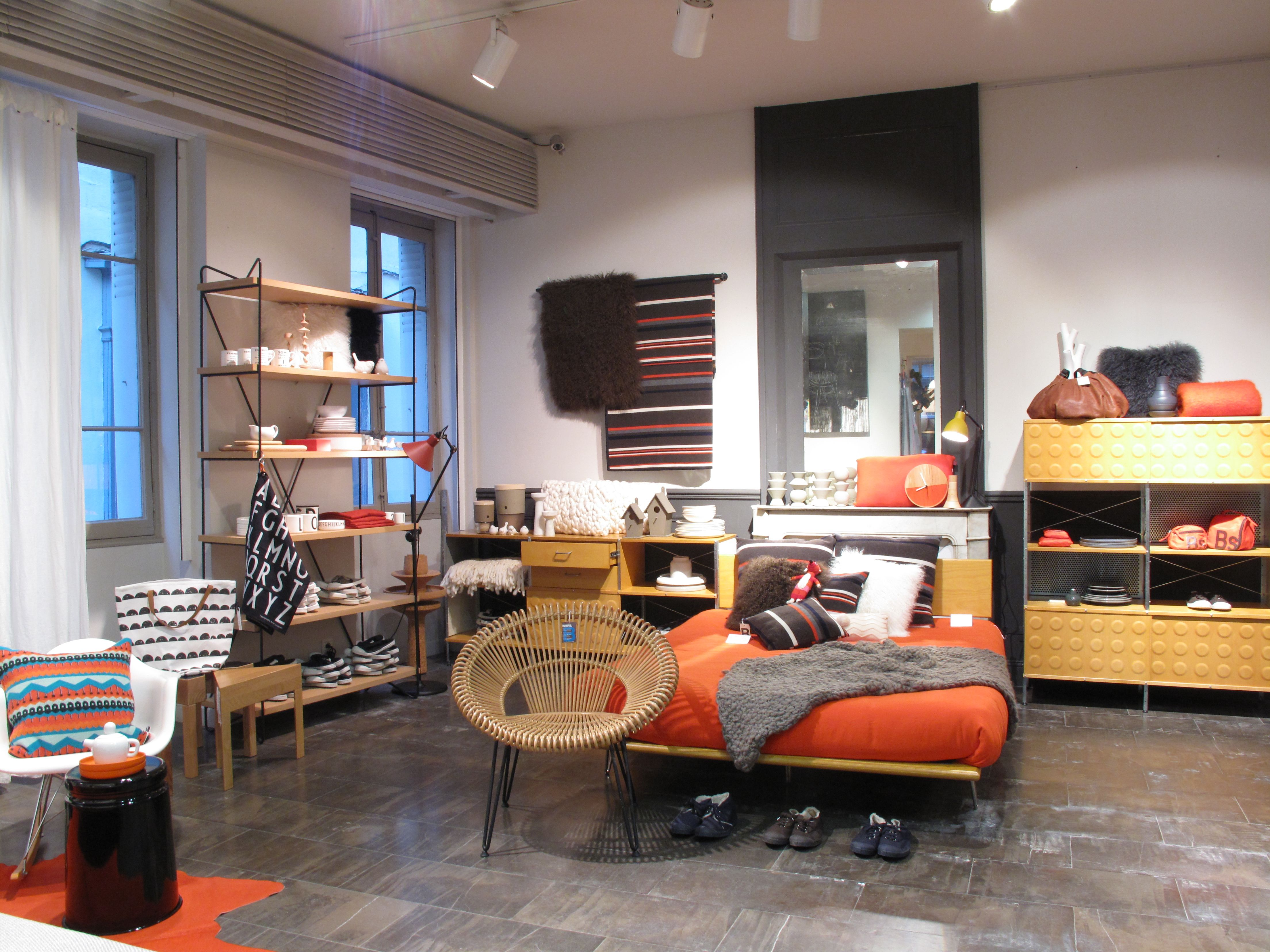 Image from Modernica retailer in France Home Autour Du Monde