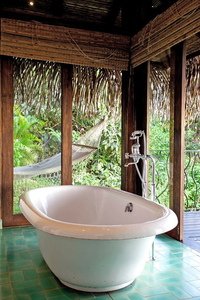 Local Authenticity in a Slice of Costa Rica | Bathtubs, Costa rica ...