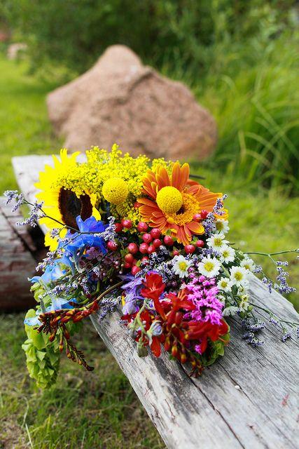 Pop Kt Wed 685 Via Flickr Diy Wedding Flowers Diy Wedding Flowers Bouquet Tropical Wedding Flowers