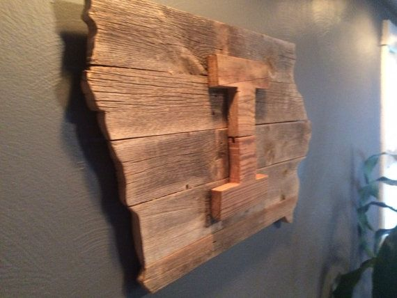 Iowa Hawkeyes State Shaped Reclaimed Wood by ReclaimedWithPurpose - Iowa Hawkeyes State Shaped Reclaimed Wood By ReclaimedWithPurpose