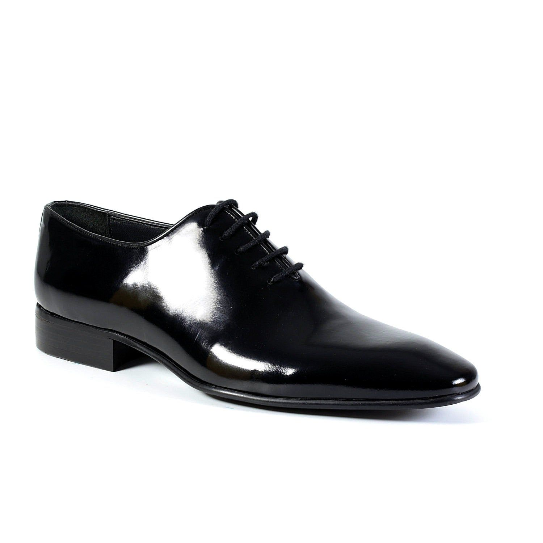 Lace Up Black Dress Shoes Oxford Mens Shoes Classic Patent Etsy In 2021 Oxford Shoes Black Shoes Men Patent Leather Dress Shoes [ 1500 x 1500 Pixel ]