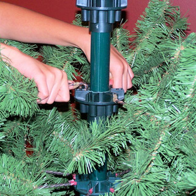 Directions To Put Up A Martha Stewart Artificial Tree Ehow Com Artificial Tree Artificial Christmas Tree Artificial Tree Branches