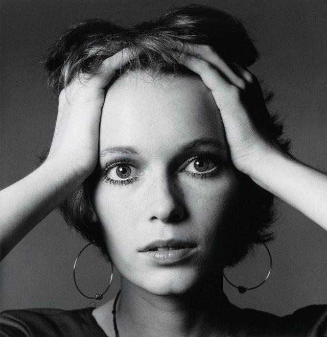 Mia Farrow in a 1968 portrait by Jeanloup Sieff. | PICZLoad #mommamia