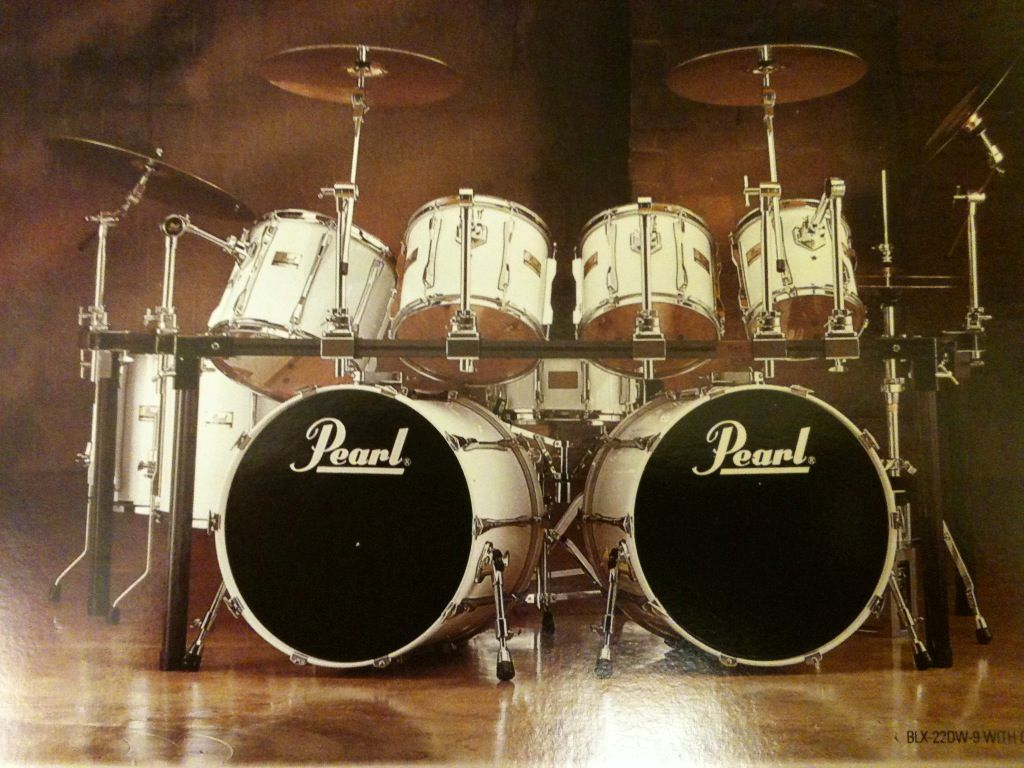 a vintage design drum set from pearl drums like they say buy it once play it for life. Black Bedroom Furniture Sets. Home Design Ideas