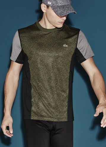 b0aea07b4 Camiseta Lacoste SPORT Tennis com gola redonda, feita em jérsei ultra-dry  estampado
