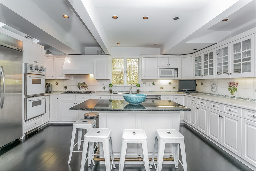 Photo By Oliver Bencosme In New York Modern Kitchen House Styles Real Estate Photography