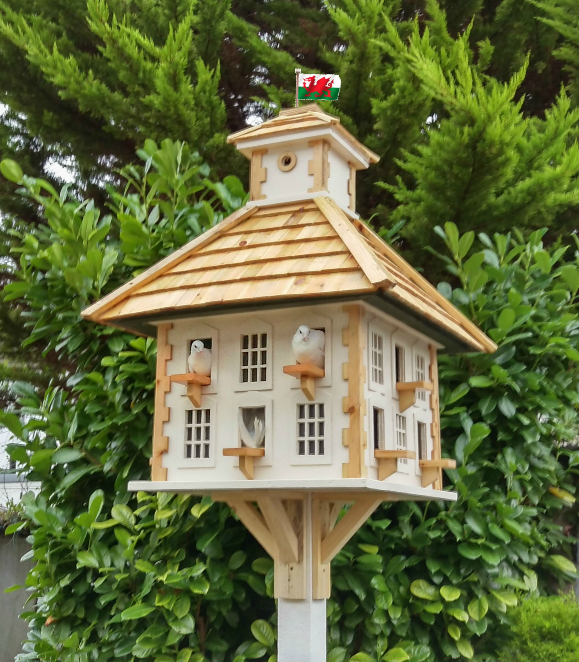 Beautiful handcrafted dovecotes Beautiful handcrafted dovecotes
