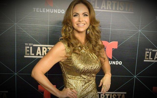 """Lucero: """"No se le puede  dar gusto a todas las  personas al mismo tiempo www.vivalaradiotelevision.com"""