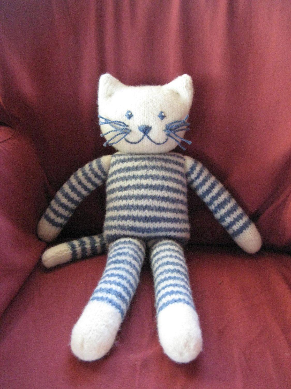 Plush Felted Kitty PDF Knitting Pattern, Cat stuffed toy